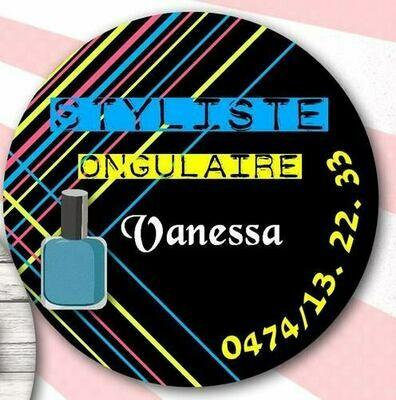 Badge styliste d'ongles