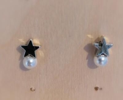 Zilveren stekertjes - gevulde sterretjes met wit pareltje - YENA