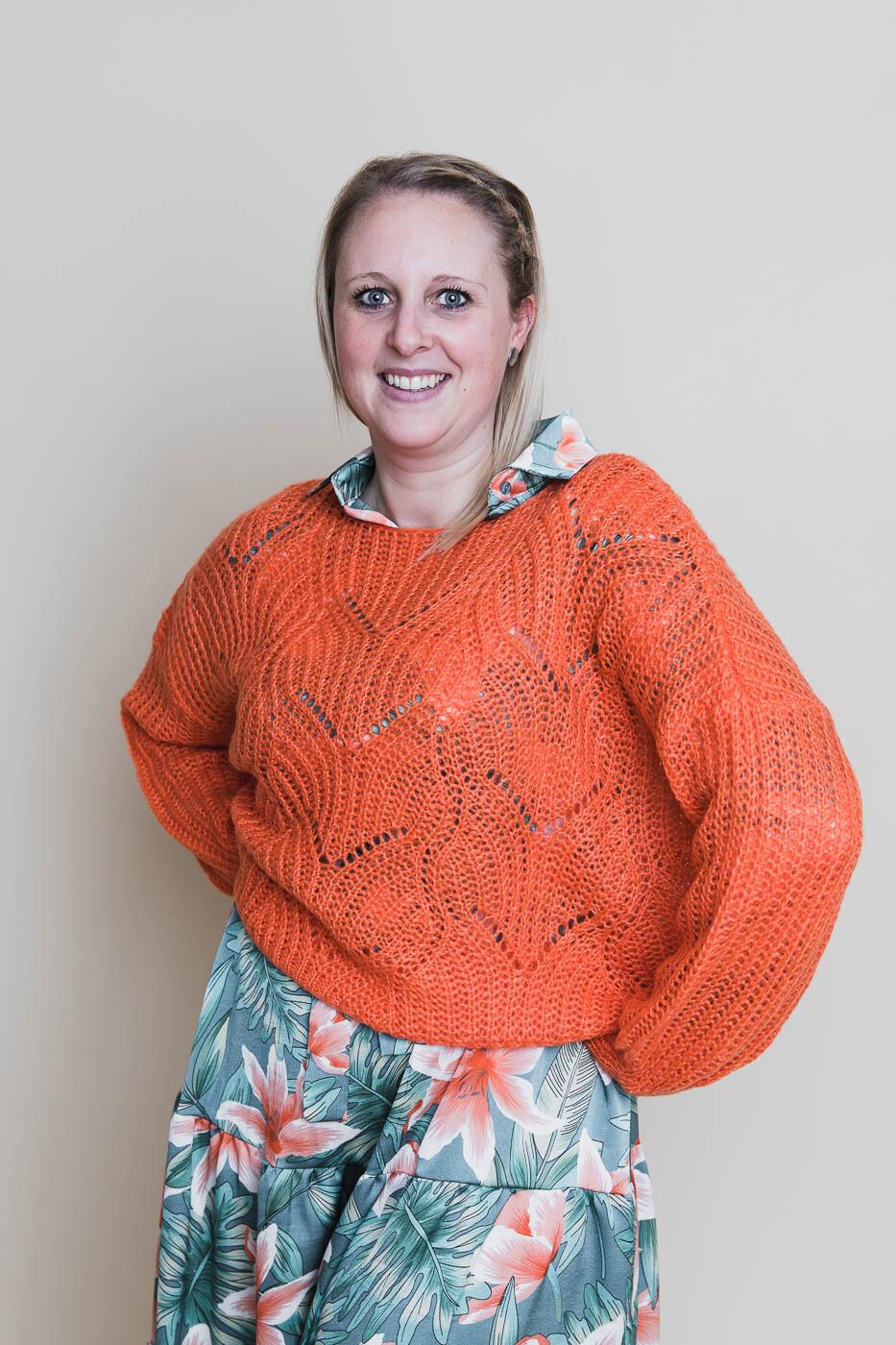 Knitwear - MAXX - trui met boothals oranje
