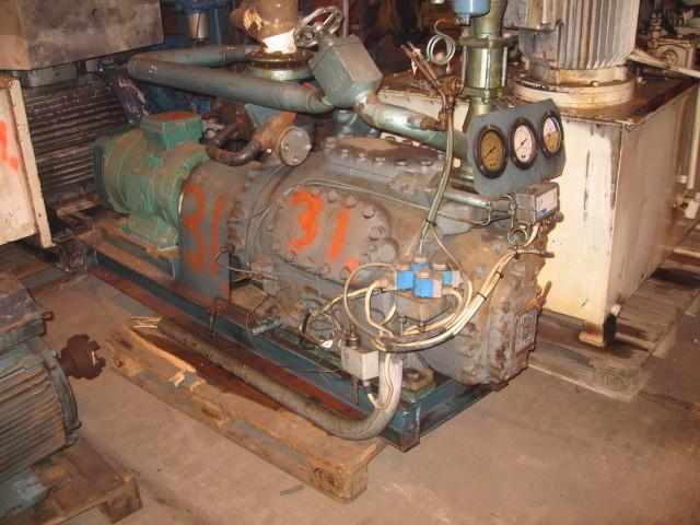 31. Frys/kjøle utstyr-kompresorer - Hall 6 cylinder