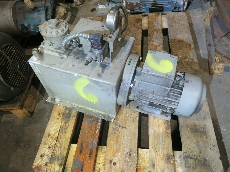 6. Styremaskiner pumper - Servi