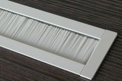 Kabelauslass TV - eckige Endkappe Bürste grau