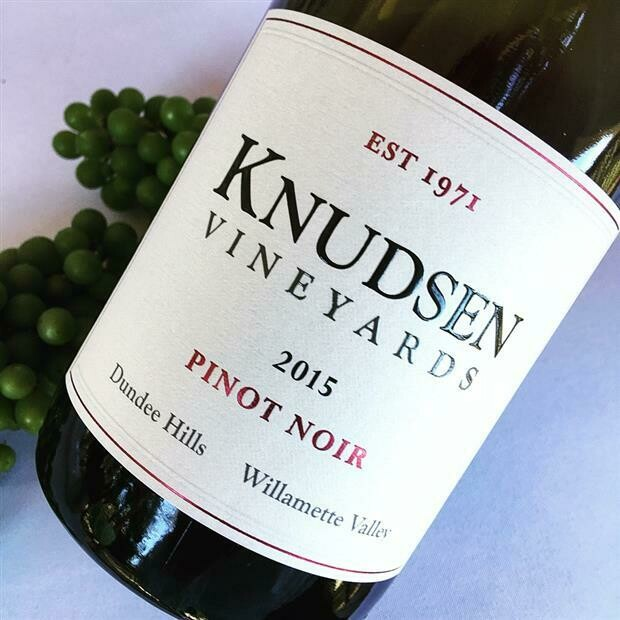 Knudsen Vineyards Pinot Noir, Willamette Valley 2015 (750 ml)