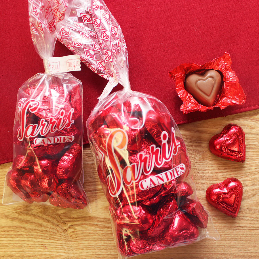 SARRIS VALENTINE CANDY FOILED RED HEART BAG 8 OZ.