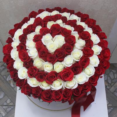 101 роза Спираль в коробке Эксклюзив