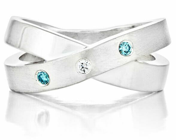 CC French Kiss©—Silver/2 Blue Diamonds