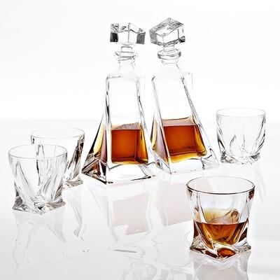 Набор из 6 предметов (графин, стаканы)