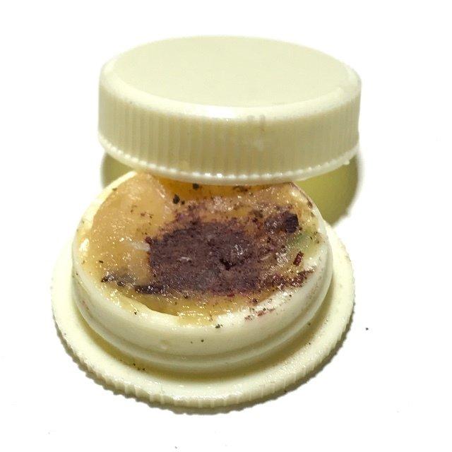 See Pheung Pasom Pong Asun Prai Oil Balm with Pure Asura Powders - Asrom Por Taw Guwen