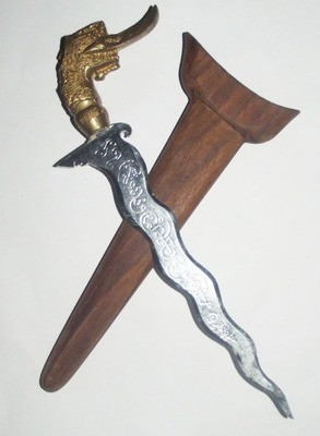 1st edition Moon Ritual Spirit Dagger 7 Inch blade with Hongsa Head hilt and Spell Inscriptions - Blessed by LP Prohm and the Khao Or Masters