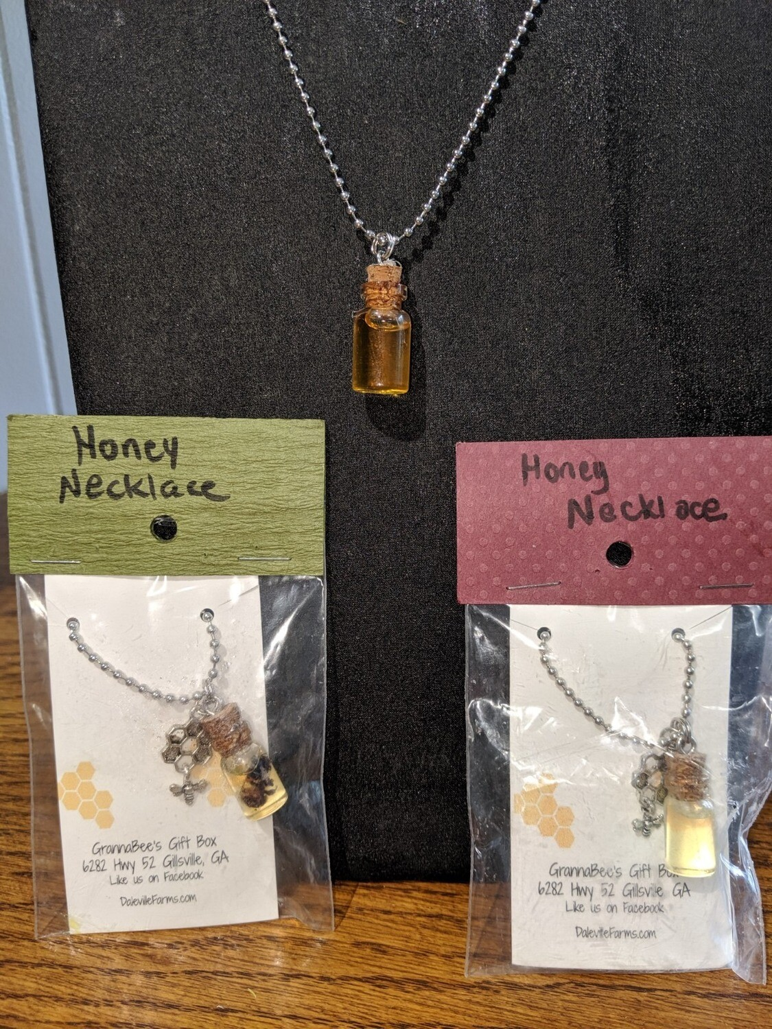 Honey Necklace with Charm & Bee