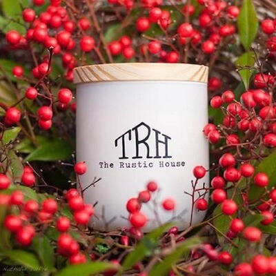 Woods & Berries Candle- The Rustic House