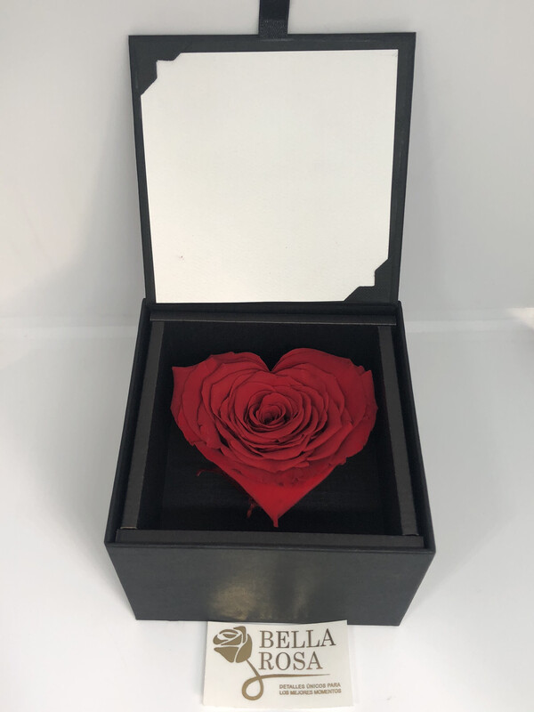 Caja acrílica con rosa natural preservada