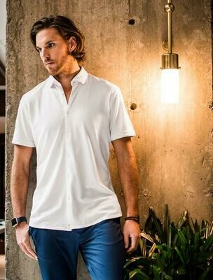 Stone Rose Textured Knit Performance Short Sleeve Shirt in White