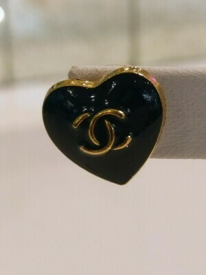 Vintage CC Heart Earrings in Black