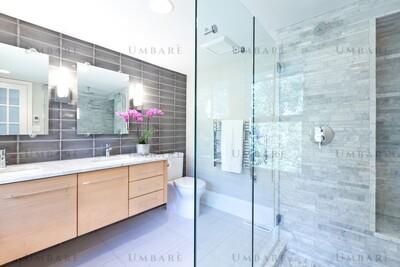 Umbarè Premier Bathroom Remodeling Package
