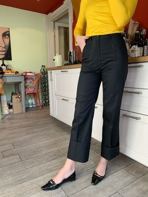 Vintage Cropped Trousers in Black