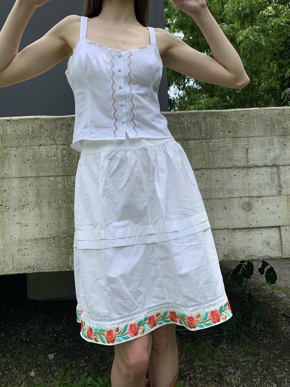 Vintage 1960 rare embroidery white skirt
