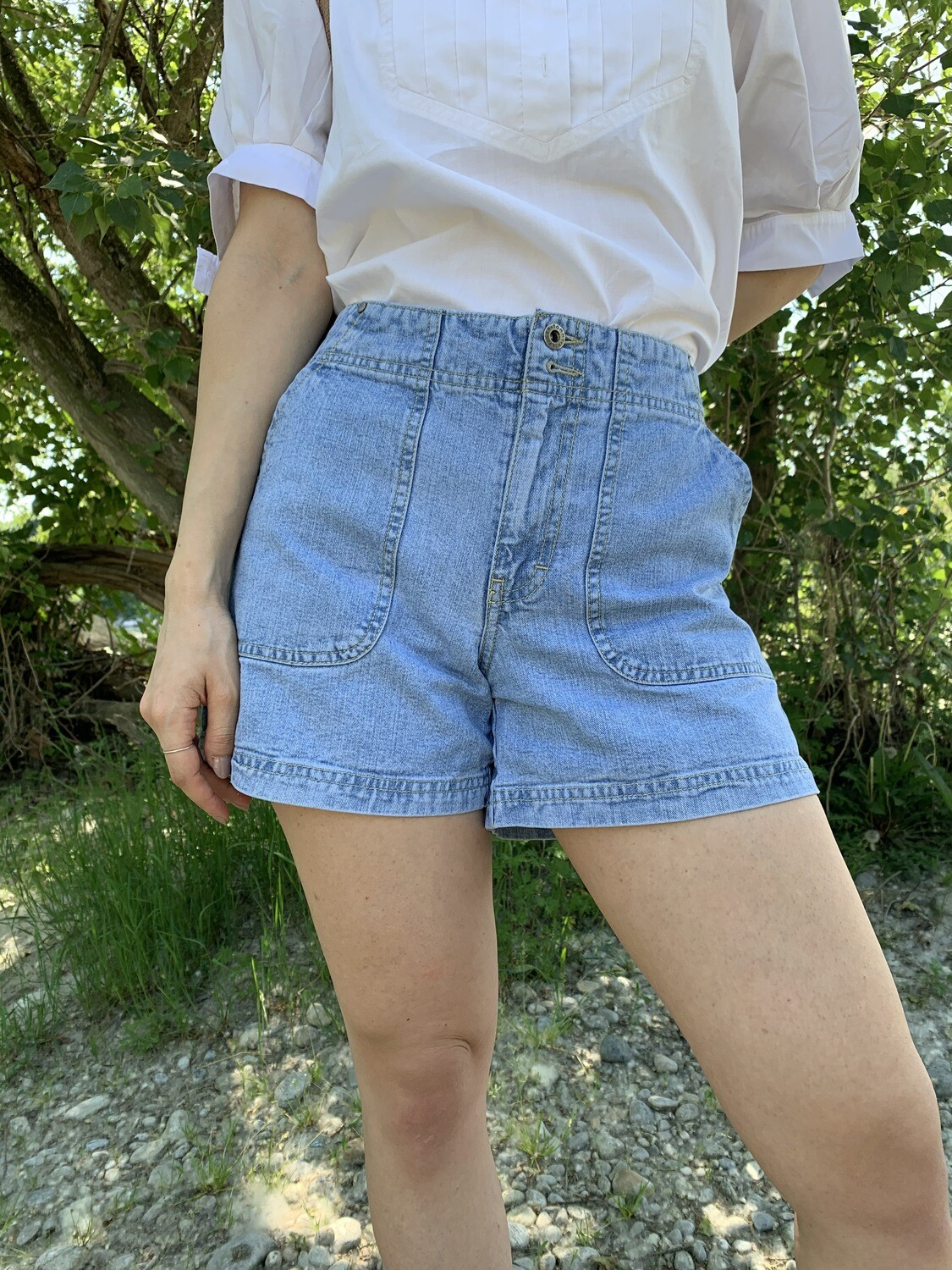 Vintage Tommy Hilfiger Denim Shorts with Pockets