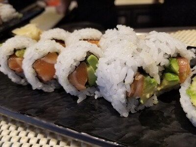 Salmon Avo Roll