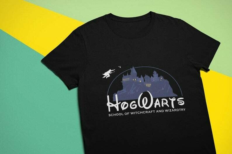 Harry Potter Disneyland Shirt / Hogwarts Harry Potter Gifts Witchcraft Wizard Magic / Universal Studios / Disney / Unisex t-shirt