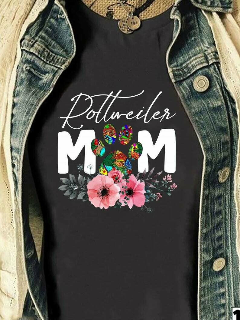 Rottweiler Mom PawMama Loves Her Rottie T Shirt gift for Her Mommy Mother's Day