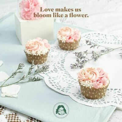Floral Cakes or Cupcakes