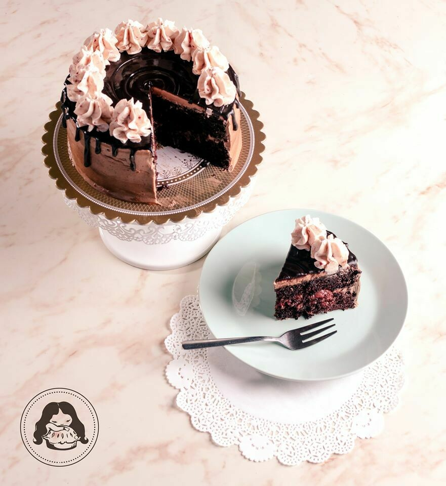 Chocolate Truffle Cake with Strawberry Crown Mousse