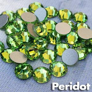 Peridot - KiraKira Glass Rhinestones by CrystalNinja