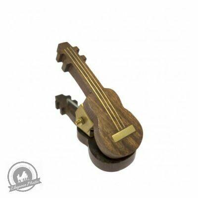 Wooden Music Clip - Guitar