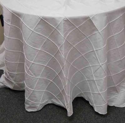 4-inch Pintuck Taffeta Tablecloth (132