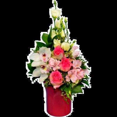 Ružový aranžmán s ružovými ružami