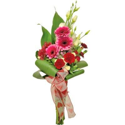 Kytica s tmavo-ružovými gerberami