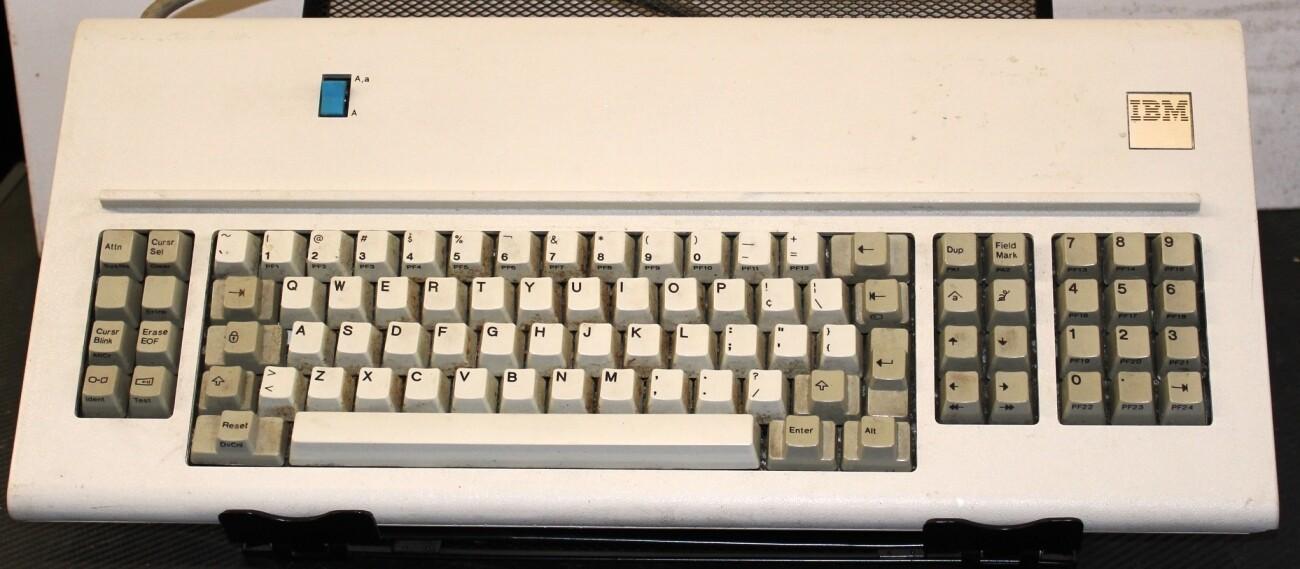 IBM 6052141 3178 Model F Keyboard