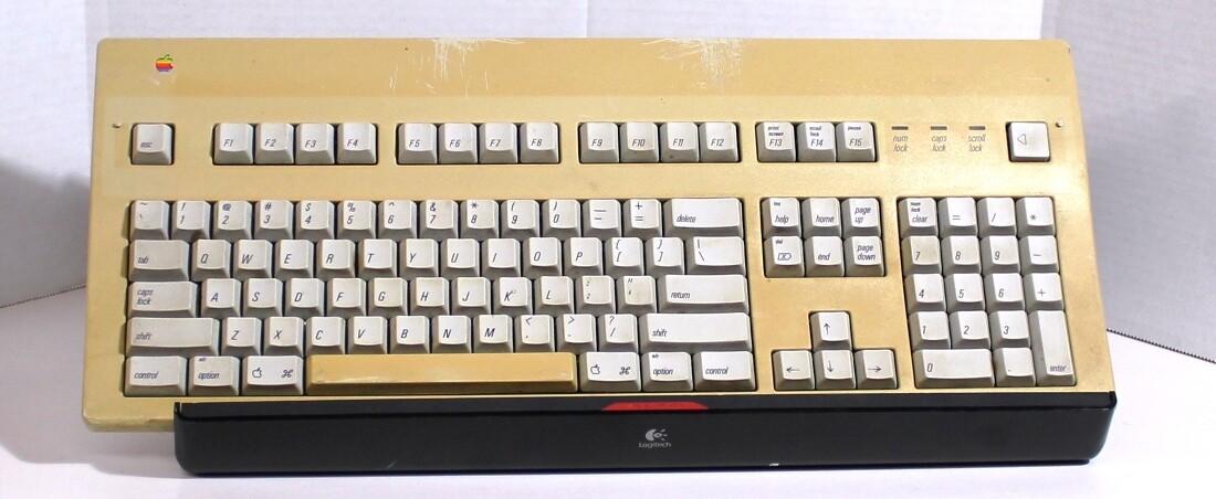 Apple M3501 Extended Keyboard II