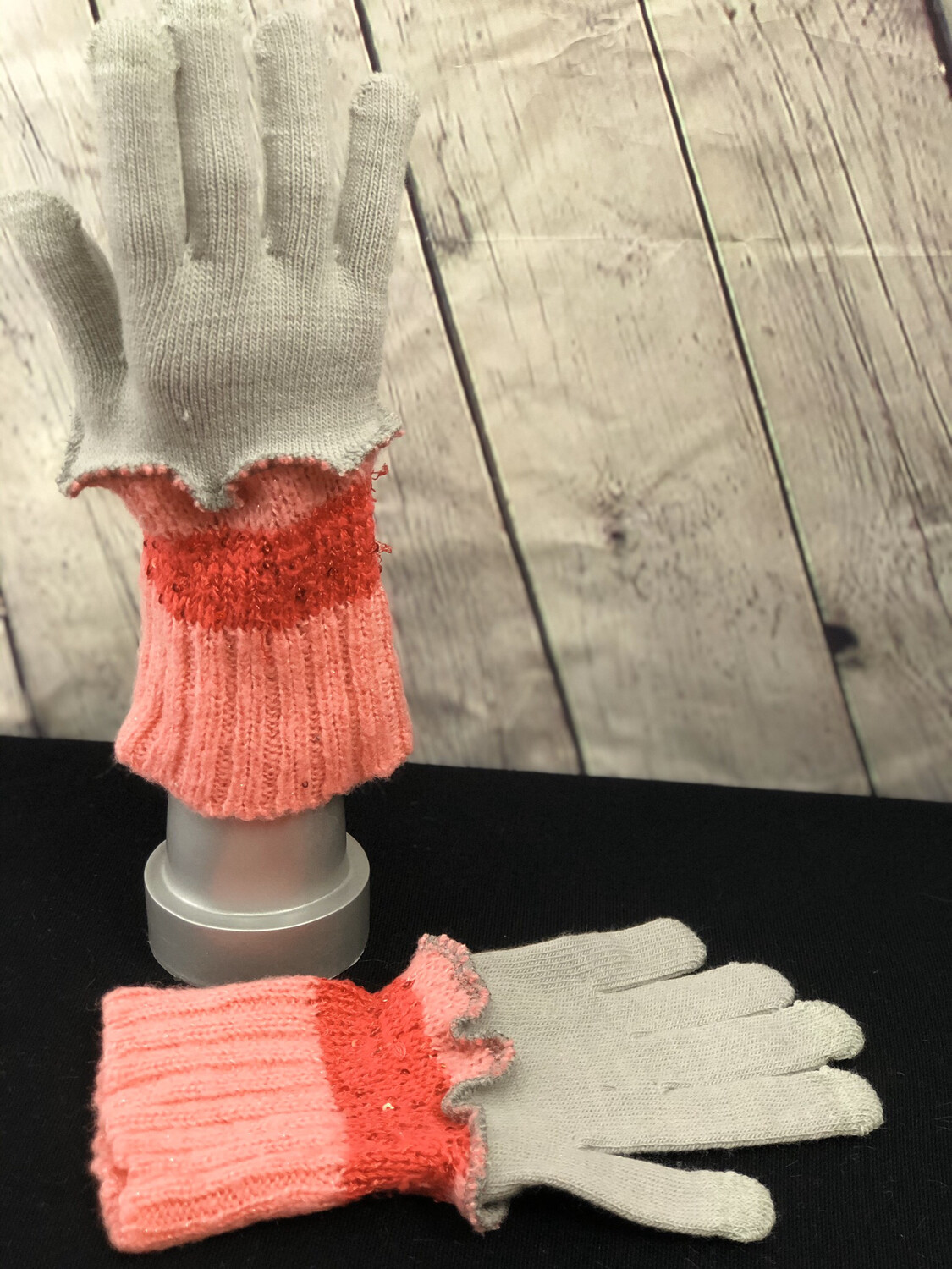 Yasmin Upcycled Sweater Gloves