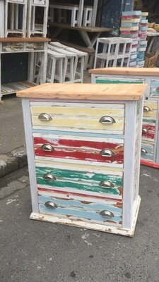 Rustic chest of drawers (Madiba selection)