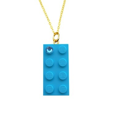 Turquoise Blue LEGO® brick 2x4 with a Blue SWAROVSKI® crystal on a Gold plated trace chain (18
