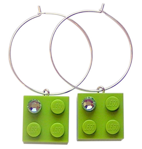 Light Green LEGO® brick 2x2 with a Green SWAROVSKI® crystal on a Silver plated hoop