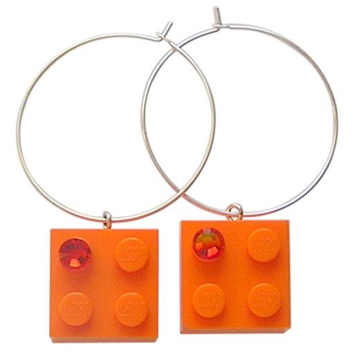 Orange LEGO® brick 2x2 with an Orange SWAROVSKI® crystal on a Silver plated hoop