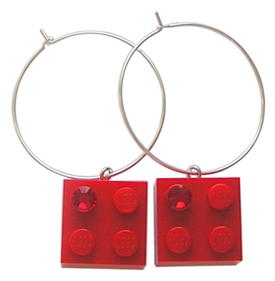 Red LEGO® brick 2x2 with a Red SWAROVSKI® crystal on a Silver plated hoop
