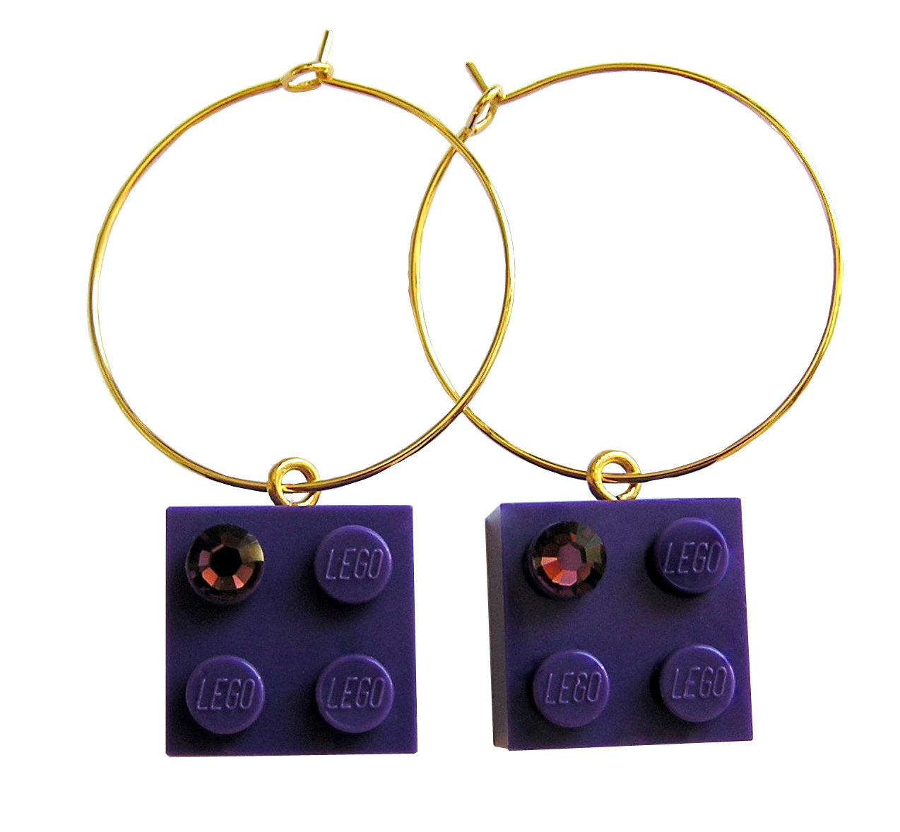 Purple LEGO® brick 2x2 with a Purple SWAROVSKI® crystal on a Gold plated hoop