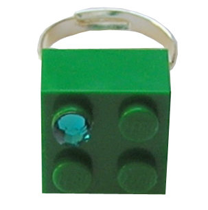 Dark Green LEGO® brick 2x2 with a Green SWAROVSKI® crystal on a Silver plated adjustable ring finding 