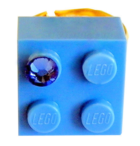 ​Light Blue LEGO® brick 2x2 with a Blue SWAROVSKI® crystal on a Gold plated adjustable ring finding
