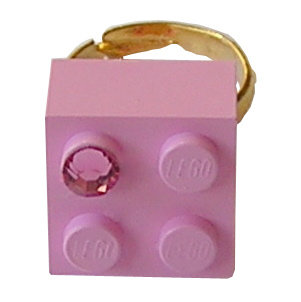 Light Pink LEGO® brick 2x2 with a Pink SWAROVSKI® crystal on a Gold plated adjustable ring finding