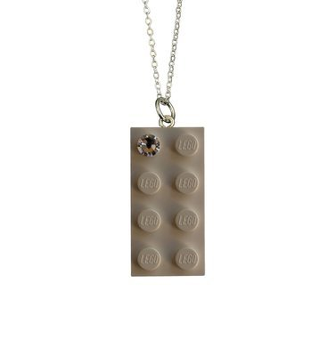 White LEGO® brick 2x4 with a 'Diamond' color SWAROVSKI® crystal on a Silver plated trace chain (18