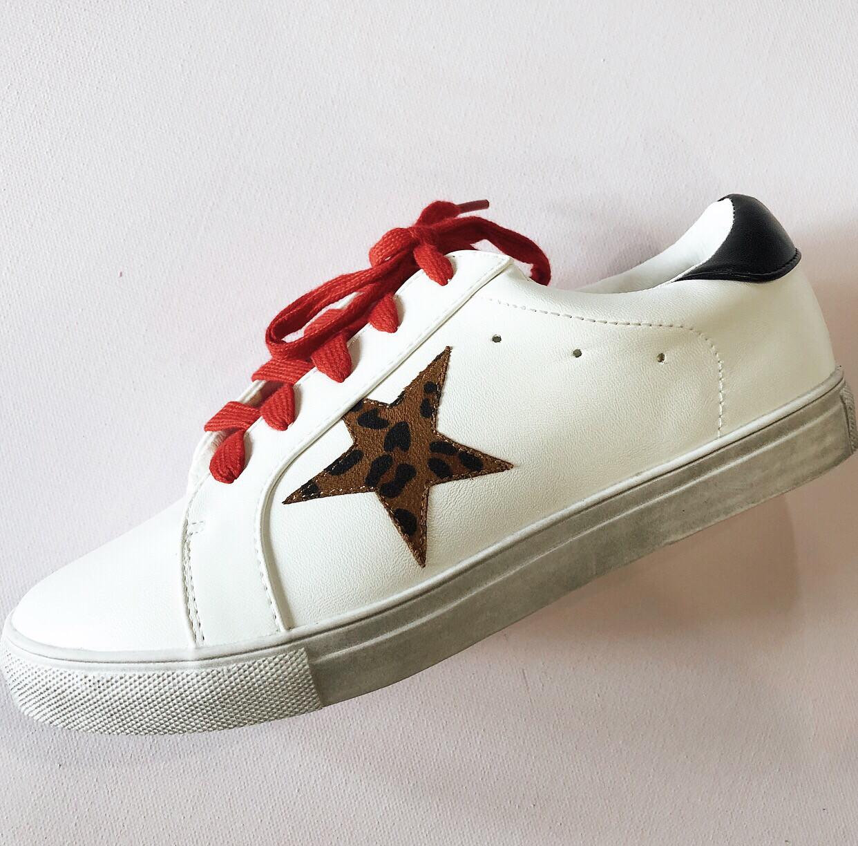 White Star Sneaker