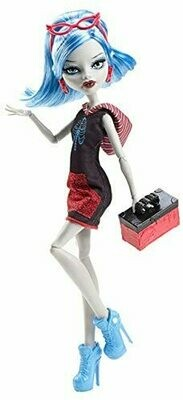 Monster High Scaris City of Frights Ghoulia Yelps Doll