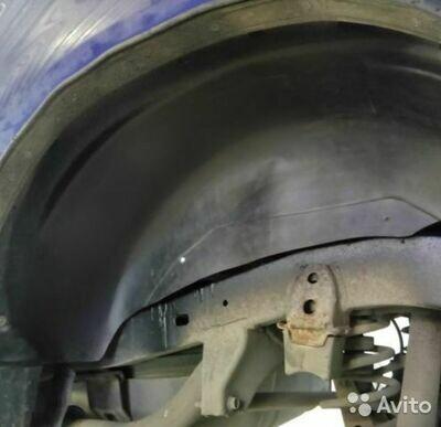 Подкрылки задних арок Toyota Land Cruiser (90)