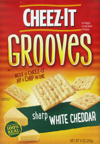 """Crackers, Cheez-It® """"Grooves Sharp White Cheddar"""" Crackers (9 oz Box)"""