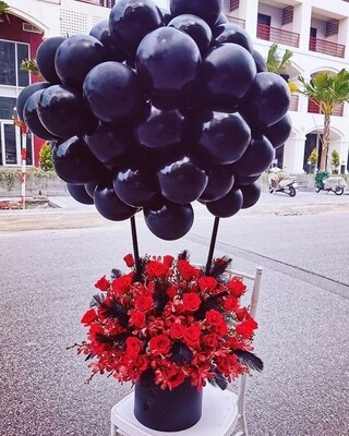 Hot Air balloons with fresh flowers
